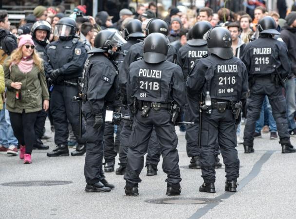 Polizei001